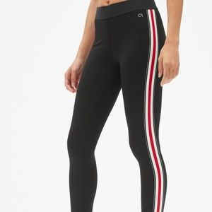 GapFit Blackout Side Stripe 7/8 Leggings size S